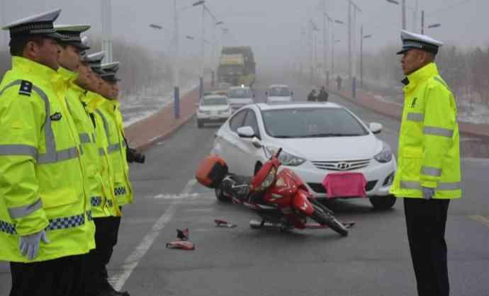 交通事故死亡尸检报告多久能下来?交通事故验尸报告有什么作用?